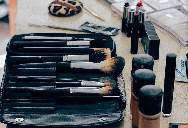 美容関係の職業訓練